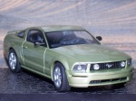 Ford_MustangGT_2005_01